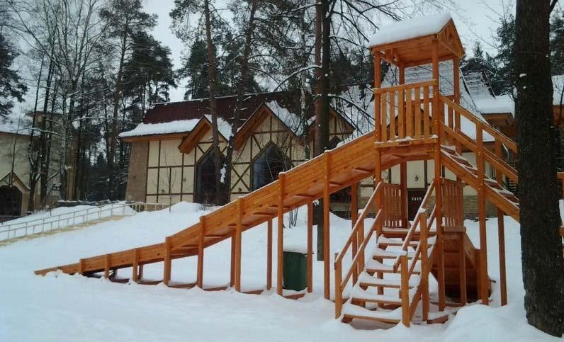 Зимняя горка Зима (покрытие лак и грунт)-700